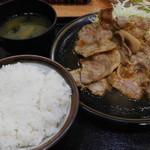 バーグ - 生姜焼き定食