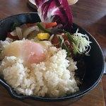 CHITA CHITA - ロコモコ丼