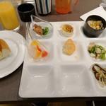 ワイン&ダイニング エマブル - ディナー サラダ類