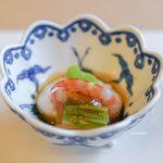 山玄茶 - 胡麻豆腐、 海老、 うすい豆