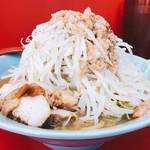 立川マシマシ  - 中ラーメン 野菜アブラ普通