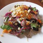 アンプチプ - 「サラダ風前菜」ケーキバイキングランチの前菜。これで一人前。すごい量です。