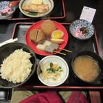 お多幸 - おでん定食 4種 980円(卵・こんにゃく・大根・がんもどき)