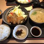 磯一 - カキフライ定食 千円ナリ