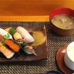 玄海鮨 - 竹にぎり 貝汁と茶碗蒸し(サービス)でコンプリート