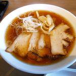 みなのばダイニング - 料理写真:チャーシュー麺(しょう油)
