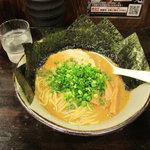 風雲児 - ラーメン700円+のり100円