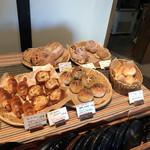 石窯パン・和みカフェ ゆるり - 販売パン