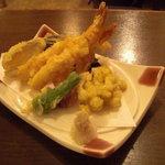 旬楽 飃 - 天ぷら盛合せ。