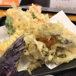だるまや - 野菜天ぷら盛り合わせ