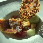 ベラ・ルーサ - クリームブリュレと色とりどりフルーツ  ピスタチオアイス添え