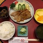 膳処くろひめ - 日替ランチ 生姜焼き定食 700円