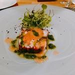 99841287 - 真蛸のテリーヌ 黒オリーブとディルのピューレ ルッコラのサラダ