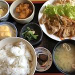 八洋 - 豚生姜焼き定食♪ 850円
