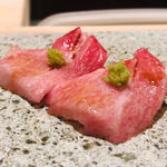 鮨よしかわ - 大トロ+山葵
