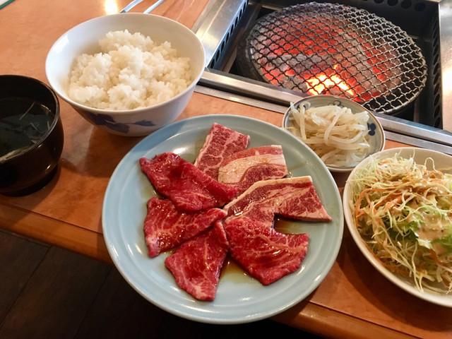 牛の五六八の料理の写真