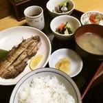北遥館 - サービス定食