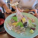 白木海岸のレストラン - 関あじ
