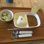 Cafe Musu.B - 子供用のカレーランチ380円。おむすびランチもありました。