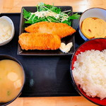 酔処 玉川 - 魚・フライ定食(550円)