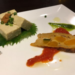 ととバルnemuro - お通し。牡蠣豆腐とキッシュ
