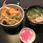 だいきうどん - 料理写真: