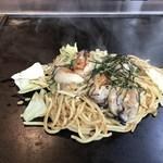 ぴか一 - 料理写真:牡蠣の塩バター焼きそばをいただきました(2019.1.10)