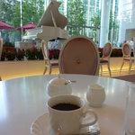 カフェテラス銀木犀 - 2011年10月再訪。コーヒーは350円