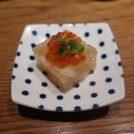 Shaji - お通し(魚介の煮こごり)