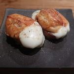 Shaji - トロリと焼いたスカモルツァチーズ