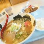 NTT東日本札幌病院 食堂 - ラーメンカレーセット