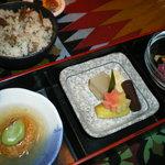 すえガーデン - 小鉢3皿とご飯