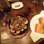 9988547 - パーナ貝にはパンがセットされます