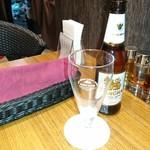 パパイヤリーフ - シンハービール