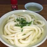 田村神社 日曜市うどん - ほっこり優しくて 麺 出汁 雰囲気とバランスのいい神社の日曜うどん