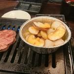 A5仙台牛焼肉&寿司 食べ放題肉18 - アヒージョ