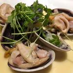 IZUMI DINING - 【大アサリの白ワイン蒸し】
