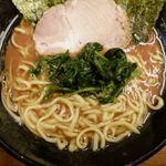 武道家 - ラーメン 700円 + 炭炊きご飯(喰い放題) 50円
