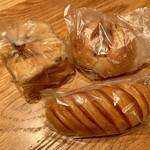トラン・ブルー - オマケに頂いたパン達!ありがとうございました!