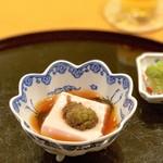 99892500 - 紅白の胡麻豆腐 ふきのとう