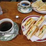クックタウン - コーヒー ホット 380円 ※モーニングセット