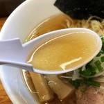 99898417 - 魚介も薫る旨~いスープ