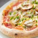パークストリート - 「ハーブチキンのトマトピザ」