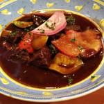 99908218 - 牛ホホ肉と有機野菜の赤ワイン煮込み