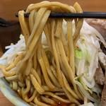 ラーメン二郎 - 【2019.1.6】加水率やや低めの太麺。