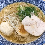 Momokura - 鶏だし中華そば塩 アップ