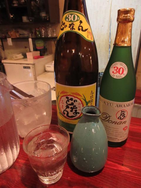 お食事処 どぅぐいわり - どなん 30度 一合 625円 (2018.12)