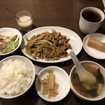 本格四川料理 三鼎 - これで850円は安い