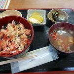 イノツメ商店 - 料理写真:花咲ガニ丼。