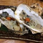 炉端かば - 生牡蠣も今二つ580円